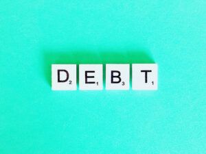 Differences Between Consumer and Commercial Debt Collection